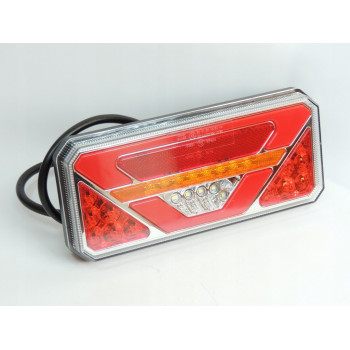 LAMPA TYLNA LED 12-24V Z TRÓJ.6 FUN. TT.12515 PRAWA